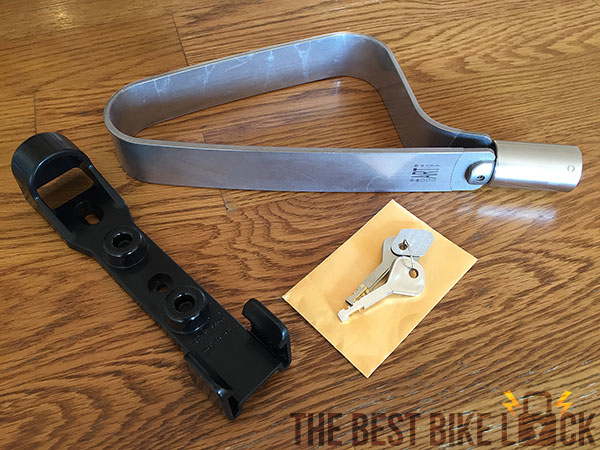 TiGr mini: lock, keys and frame mount