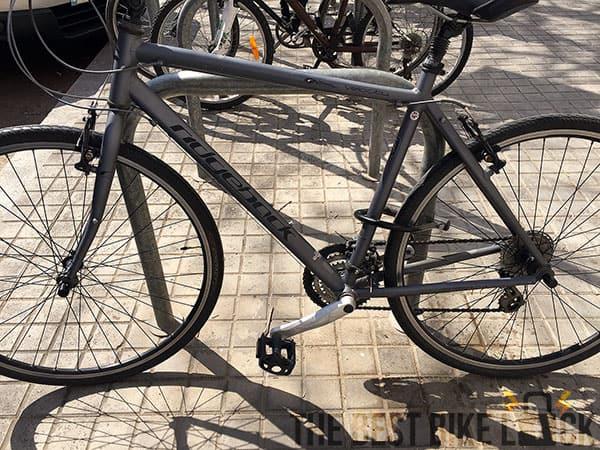 Abus NutFix on bike stand