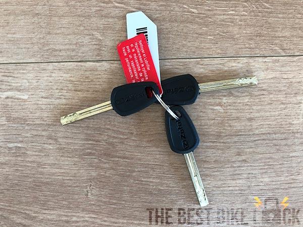 You get 3 keys with the K-Traz U17