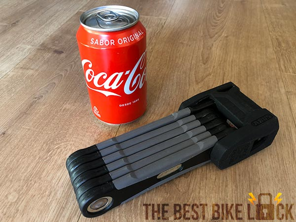 Abus Bordo 6500 with can of Coke