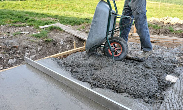 Laying a concrete shed base