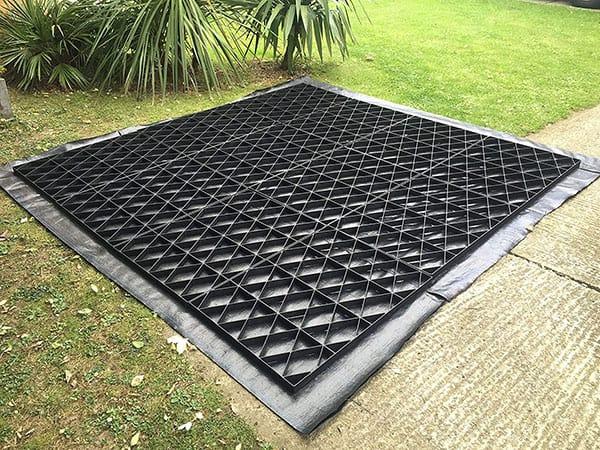 Plastic grid shed base kit